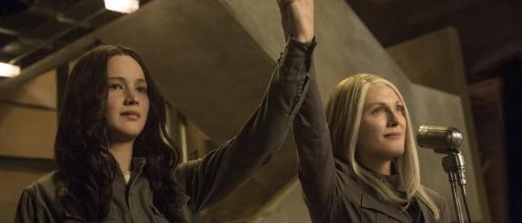 Katniss_e_Coin_cop