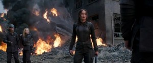 district-8-final-mockingjay-trailer (1)
