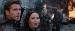 district-8-final-mockingjay-trailer (2)