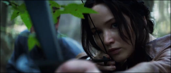 katniss-mockingjay-hunting