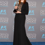 julianne-moore-critics-choice-2015 (1)