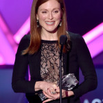julianne-moore-critics-choice-2015 (7)