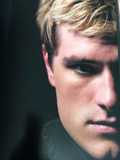 Photographs-From-Hunger-Games-peeta (2)