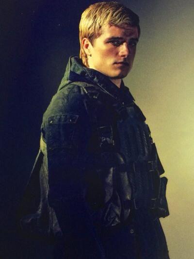 Photographs-From-Hunger-Games-peeta (3)