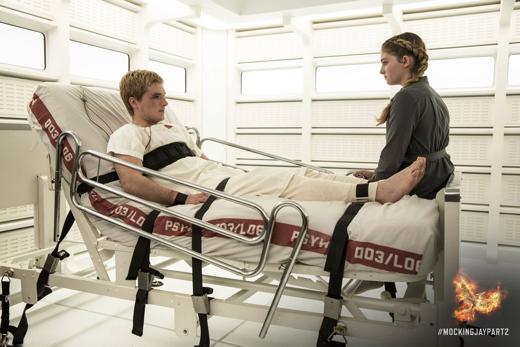 still-mockingjay-part-2 (1)