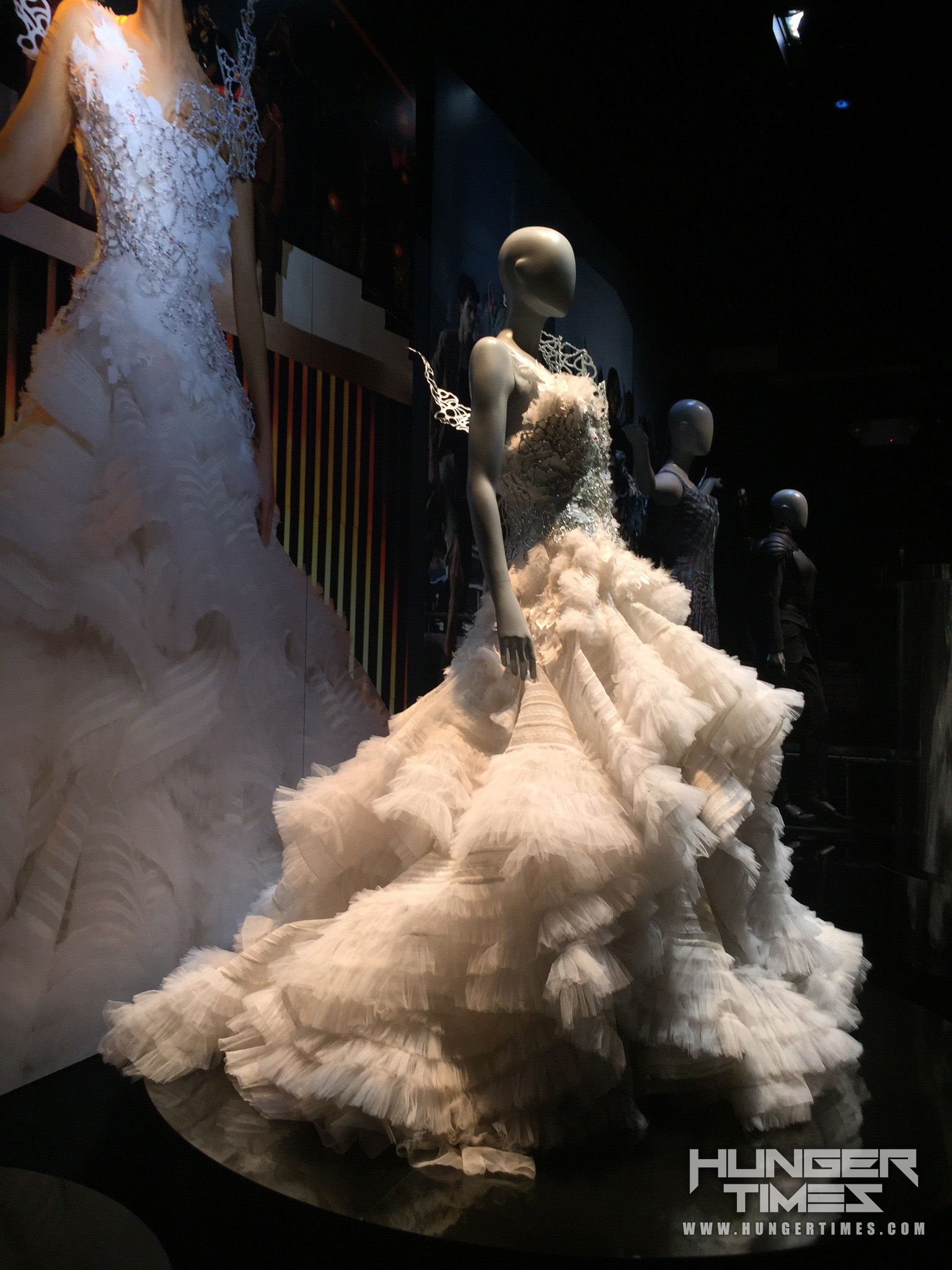 the-hunger-games-the-exhibition-NY (7)