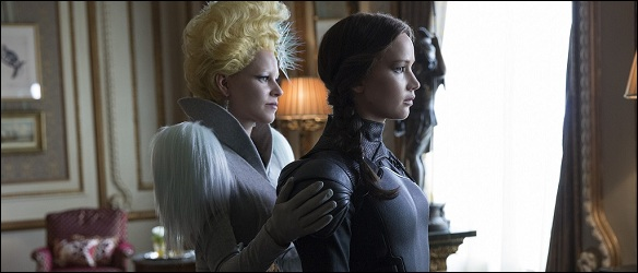 katniss-effie-mockingjay-part-2