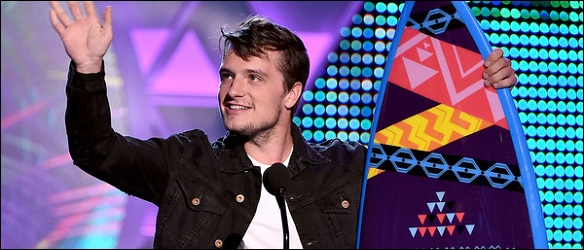 Josh-Hutcherson-Teen-Choice-Awards-2015
