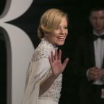 Elizabeth-Banks-2016-Vanity-Fair-Oscar-Party (2)