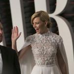 Elizabeth-Banks-2016-Vanity-Fair-Oscar-Party (7)