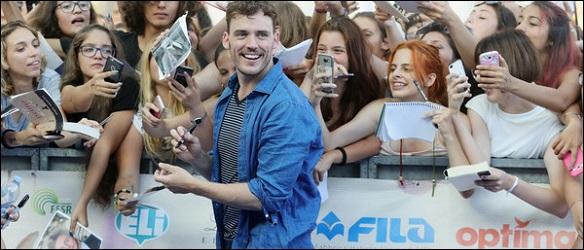 Foto e video di Sam Claflin al Giffoni Film Festival